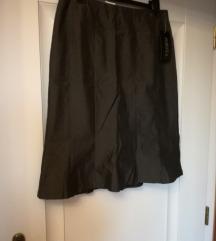 Tamnosiva suknja s etiketom