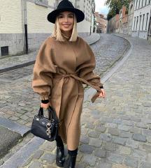Zara camel kaput novi s etiketom