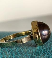 Prsten sa crnim tahicanskim biserom