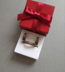 Srebro naušnice i prsten