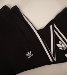 Adidas Nova Trenerka (mijenjam za 34)
