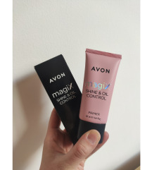 Primer za lice Avon