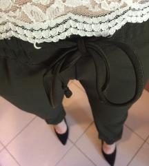 lepršave maslinaste hlače
