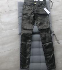 Metalik tamnozelene esprit hlače NOVO