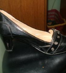 Crne lakirane cipele 36 Sandway