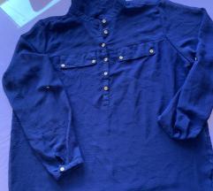 Tamnoplava košulja