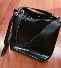 ZARA crna torba za nošenje oko tijela
