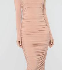 Duga haljina!