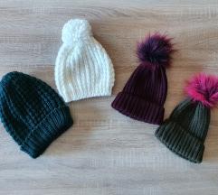 Lot novih zimskih kapa