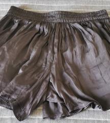 Zara satinirana suknja bermude