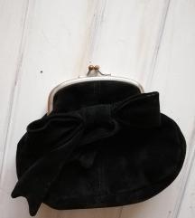 Crna pin up torbica