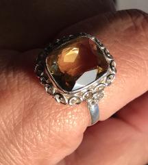 Antikni prsten citrin