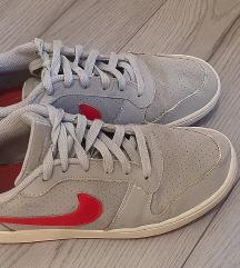 Nike court 39/40