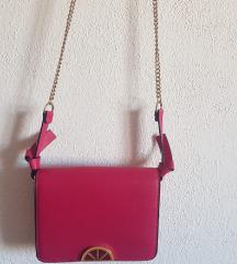ZARA torbica boje fuksije