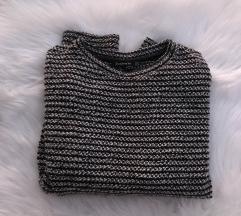 STRADIVARIUS vuneni džemper