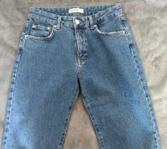 PULL&BEAR Mom Jeans (PT UKLJ.)
