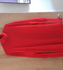 Dvije majice, puloveri