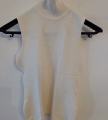 Prljavobijeli pulover bez rukava
