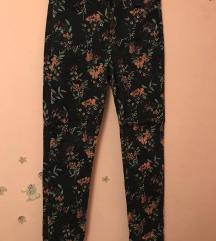 Traper cvjetne hlače visokog struka