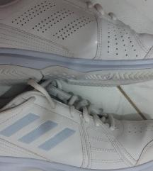 Adidas dvoranske 40.5