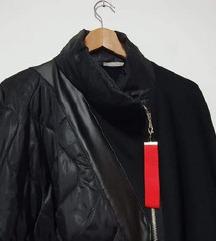 Nova crna asimetrična jakna sa zipom L-XL