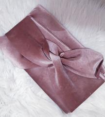 Nova vecernja torbica