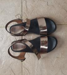 Sandale (ukljucena postarina)