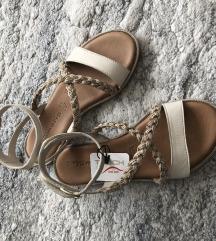 Tamaris sandale nove 38