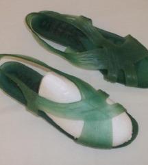 PVC (gumene) sandale br. 39 - retro