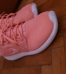 Nike Two Roshe