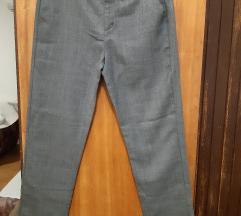 Zara muške hlače 13/14 god.