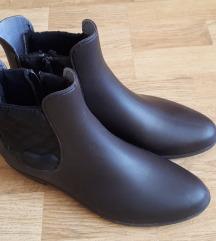 Smeđe gumene čizme