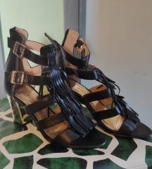 Sandale crne s resicama