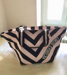 Nova torba Victoria's Secret s etiketom