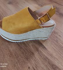 Nove sandale vel 37