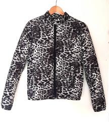 Zimska jaknica - crno bijela