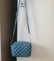 Stradivarius plava torba