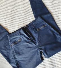Stradivarius plave hlače kožni look