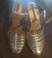 H&M srebrne sandale