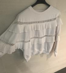 Posebna bijela majica s volanima XS / S
