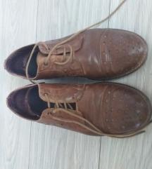 Kožne ženske cipele veličina 39