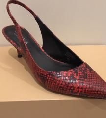 Crvene sandale imitacija zmijske kože vel 37