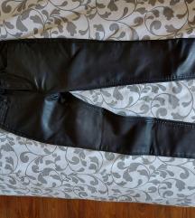 Gap 'kožne' hlače