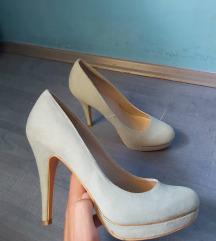 Cipele na petu tirkizne boje