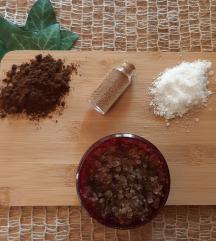 Uljni detox piling od soli i kave