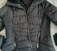 M Zara crna jaknica L