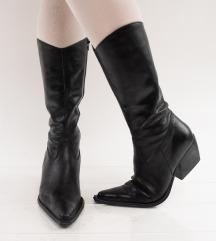 Crne kaubojske čizme