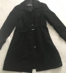 Crni moderan kaput,vel.38