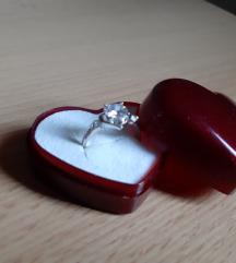 Prsten 4kom