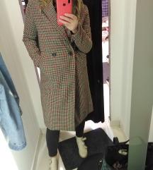 Novi Bershka kaput